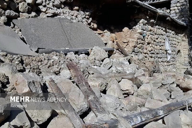 Magnitude 5.7 quake jolts Iran's Chaharmahal and Bakhtiari