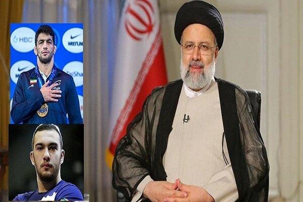 Raeisi felicitates Iran wrestlers on winning gold in WWC