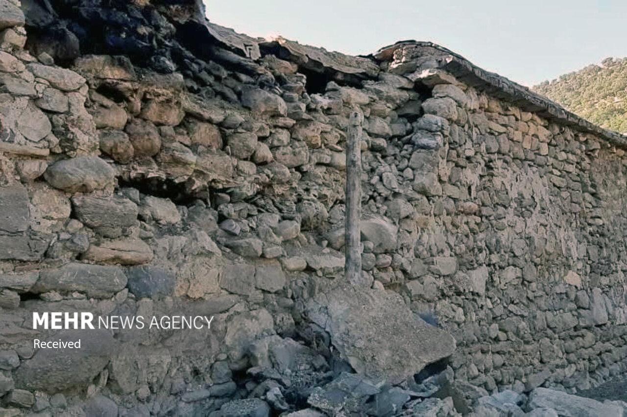 قلعه خواجه همچنان بر مدار زلزله/ ریزش دیوار در روستاها