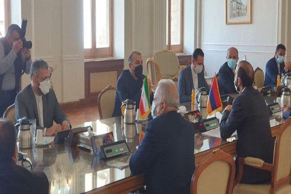وزیر امور خارجه ارمنستان با امیر عبداللهیان دیدار و گفتگو کرد