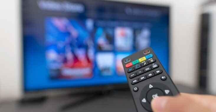 چگونه آبی شدن صفحه تلویزیون را تعمیر کنیم؟