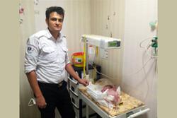 تولد نوزاد در آمبولانس اقلید