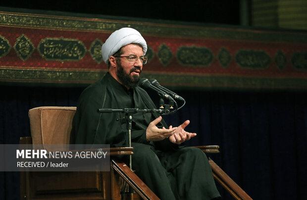 عزاداری رحلت پیامبر (ص) و امام حسن مجتبی(ع) با حضور رهبر انقلاب