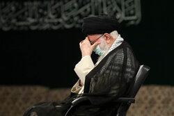 حسینیہ امام خمینی (رہ) میں رہبر معظم کی موجودگی میں مجلس عزا منعقد