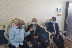 وزیر نیرو به دیدار خانواده شهید نادر مهدوی رفت