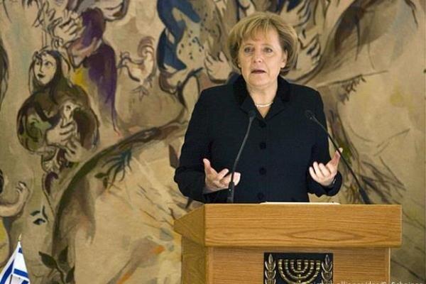 Merkel'den İran'a nükleer müzakere çağrısı