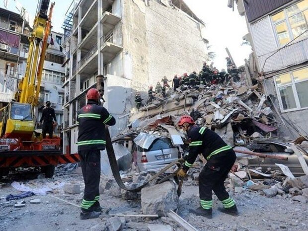 جارجیا میں ایک کثیر المنزلہ عمارت گرنے سے 5 افراد ہلاک
