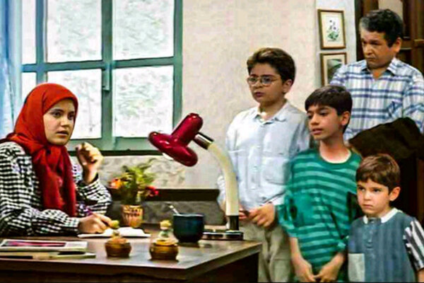 سه دهه شمایل کودکان و نوجوانان در سریالهای سیما/ قابهای خالی