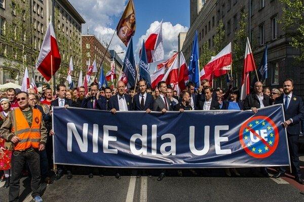 اروپا،اتحاديه،لهستان،بروكسل،ورشو،اختلاف،قوانين،اختلافات،اعضا ...