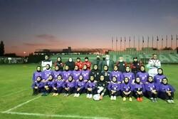 حضور وزیر ورزش در اردوی تیم ملی فوتبال بانوان