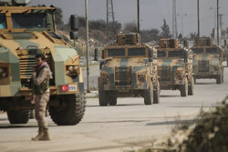 Turkey threatens it could deploy heavy weaponry in Syria