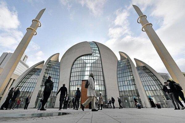 مساجد شهر کلن آلمان مجاز به پخش صوت اذان شدند