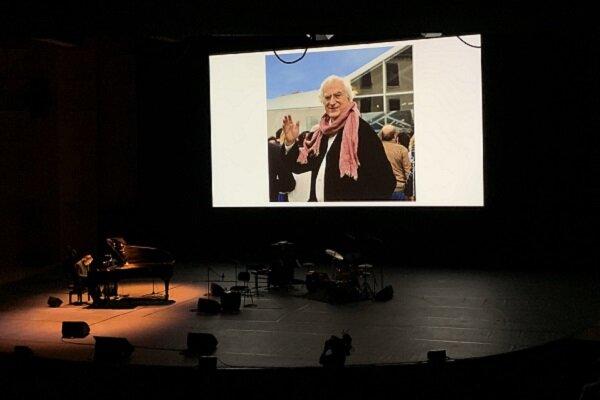 جشنواره لومیر با احترام به برتران تاورنیه و تجلیل بلموندو شروع شد