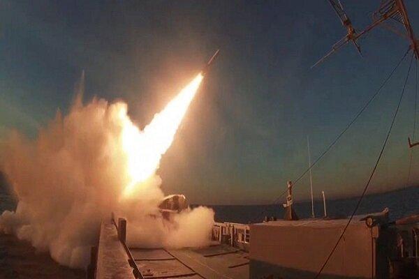 'Modafean-e Aseman-e Velayat 1400' military drills kicks off