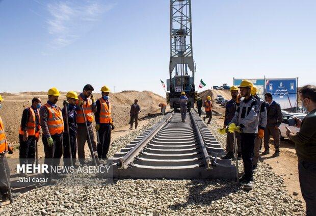 Completion of railing operation of Hamedan-Sanandaj Railway
