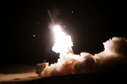 شلیک سامانههای «جوشن و خاتم» پدافند هوایی ارتش به اهداف متخاصم