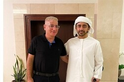 سفیر رژیم صهیونیستی در امارات استوارنامه خود را تحویل داد