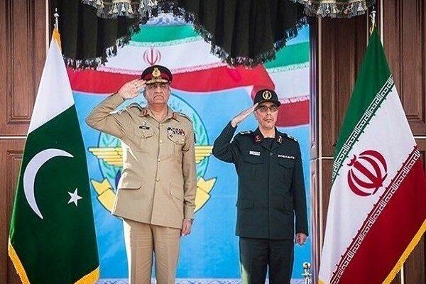 Maj. Gen. Bagheri meets Pakistan Army Chief