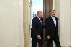 وزير الخارجية الايراني يجري محادثات مع نظيره الروسي حول الملف النووي