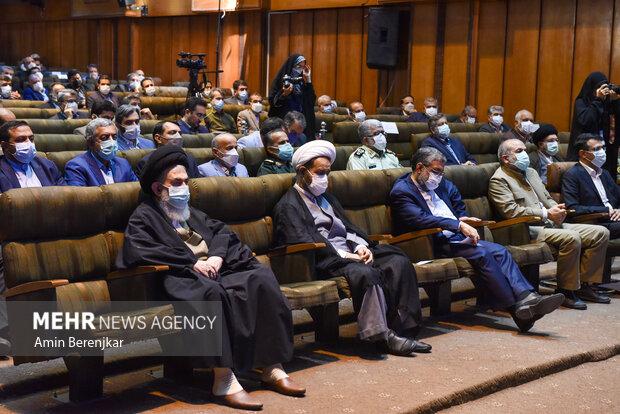 جلسه شورای اداری استان فارس با حضور رئیس جمهور