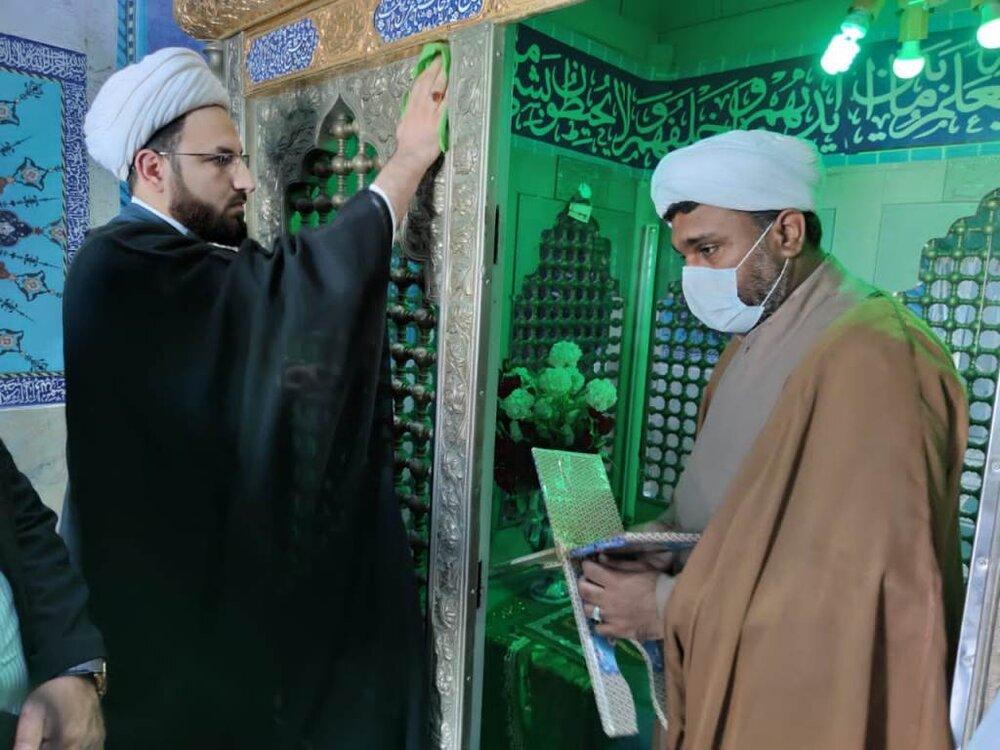 آئین غبارروبی  امامزاده سلیمان بن علی (ع) گناوه برگزار شد