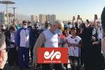 طناب زنی حمید سجادی وزیر ورزش و جوانان همراه مردم