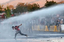 تجمع هزاران نفر از مردم معترض شیلی در پایتخت این کشور