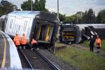 قطار مسافری در استرالیا از ریل خارج شد