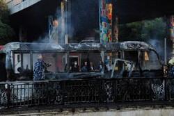 شام میں فوجی اہلکاروں کی بس کے راستے میں دو دھماکوں میں 14 اہلکار جاں بحق