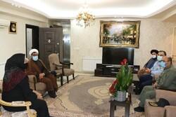 فرمانده نیروی هوایی ارتش با خانواده«شهید ابراهیم دلحامد»دیدار کرد