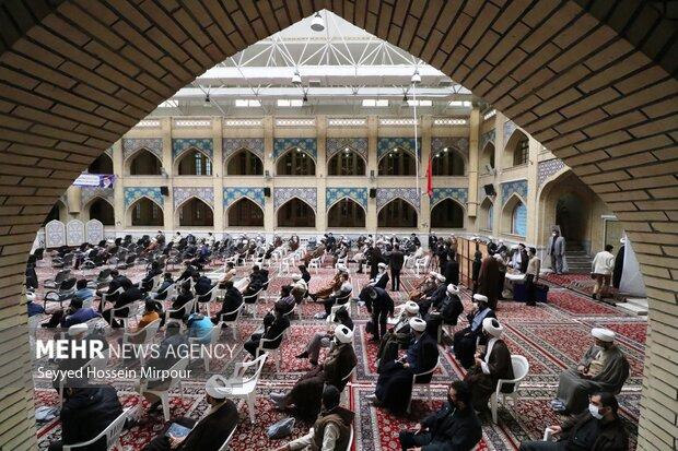 تجمع حوزویان مشهد در اعتراض به اقدامات تروریستی علیه شیعیان افغان