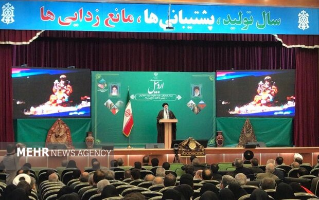 رئیس جمهور با علما و نخبگان اردبیل دیدار کرد