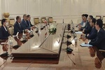 Iranian delegation meets Uzbek Parl. Speaker for mutual ties