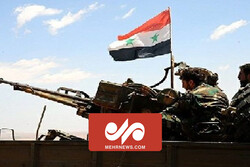 VIDEO: Syrian army forces US military convoy to retreat