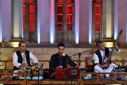 حاشیه و متن چند اجرای موسیقایی/ فرار یک گروه موسیقایی از طالبها