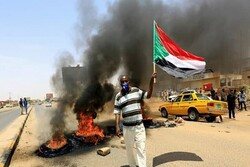 7 killed, 140 injured in protests against Sudan military coup