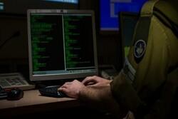 هدف حمله سایبری به جایگاههای سوخت، فشار بر قشر متوسط در ایران است