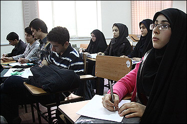 تسهیلات جدید برای ادامه تحصیل ایرانیان خارج از کشور/ امکان پذیرش بدون کنکور برای دانش آموزان