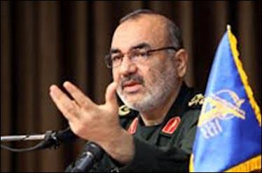 بیداری اسلامی روزنههای نفوذ و تنفس غرب را قطع خواهد کرد