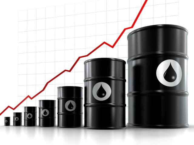 إرتفاع أسعار النفط العالمية إلى مستويات قياسية