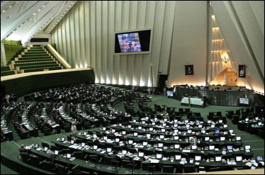 نمایندگان از توضیحات نجار در خصوص علل مرگ ستار بهشتی قانع شدند