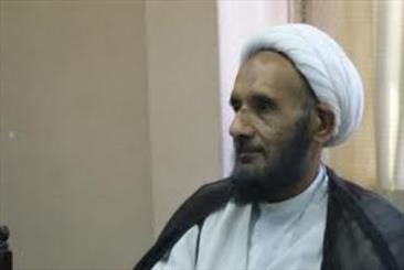 اساتید به اسلامی کردن علوم انسانی اهتمام ویژه ای داشته باشند