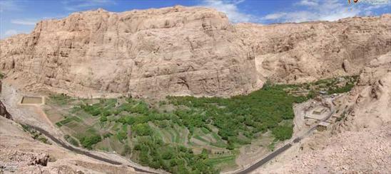 بافق؛ سرزمين روستاهاي خيال انگيز/ روستاي سنگي باجگان در انتظار مسافران