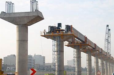 بازديد احمدی نژاد از کارگاه احداث فاز اول منوريل شهر مقدس قم