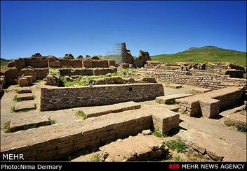 تخت سلیمان اثری کم نظیر از اثر تاریخ تمدن ایران/ پایگاه پنج دوره تمدنی بشر