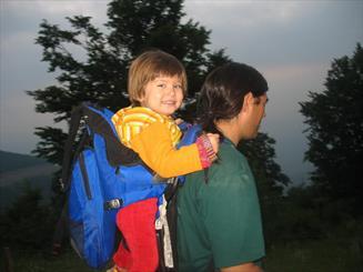 چگونه به فرزندان خود محبت کنیم/ ارزش قائل شدن بهترین نشانه محبت است