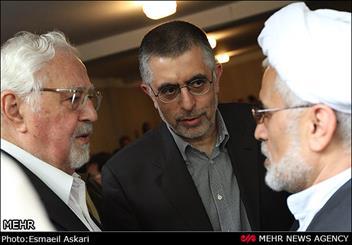 علایی : گزینه وزرات دفاع روحانی بودم / پاسخ سلطانی فر به زبان انگلیسی
