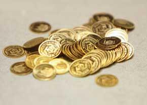 کاهش قیمت سکه و طلا در بازار امروز ادامه مییابد