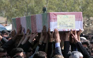 کردستان در سوگ شهیدان گمنام/وداع از حماسه سازان هشت سال دفاع مقدس