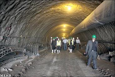 فاز اول مترو تبریز در صورت خرید واگن، تا پایان تیر به بهرهبرداری می رسد